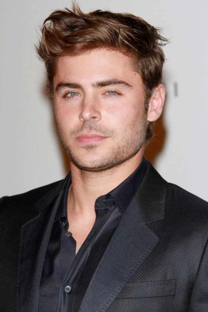 zac-efron-hairstyle-picture-messy-styled-800x1200