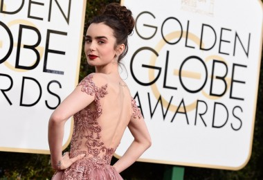 lily-collins-2017-golden-globes-1
