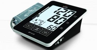 Guía al usuario durante el uso e indica el resultado de las mediciones. Display digital LCD extra-large de 79x95mm. Inflado automático. Permite almacenar las mediciones de dos personas. (90 memorias individuales La conectividad con una PC permite al usuario sincronizar y almacenar los datos de mediciones en su computadora personal.